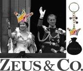 Zeus&co. Renkli Taşlı Taç Anahtarlık Hediye Kesesi İçinde