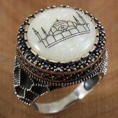 925 Ayar Gümüş Erkek Yüzük Siyah Taşlı Cami Motifli Sedef