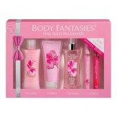 Body Fantasies Pink Sweet Pea Fantasy Kadın Bakım Seti