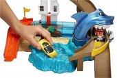 Mattel Hot Wheels Renk Değiştıren Araçlar Sharky Yarış Seti Bgk04