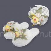 çiçek Dantelli Lohusa Terliği Taç Seti Krem