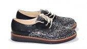 Pullu Bağcıklı Ayakkabı
