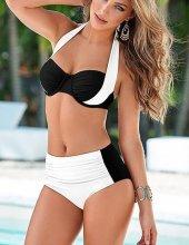 Kaplı Siyah Beyaz Şık Tasarımlı Bikini