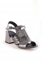 Fico Platin Rugan Topuklu Bayan Ayakkabı