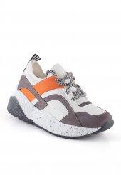 Cirim Beyaz Cilt Gri Detaylı Bayan Spor Ayakkabı