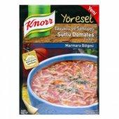 Knorr Yöresel Tavuklu Ve Şehriyeli Sütlü Domates Çorbası