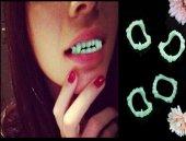 Drakula Vampir Dişi Beyaz
