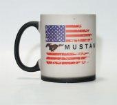 Ford Mustang Amerikan Bayrak Baskılı Isıya Duyarlı Mat Siyah Kupa