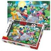 Trefl Mickey Ve Minnie Kayakta 100 Parça Puzzle