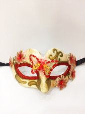 Kırmızı Yılbaşı Maskesi