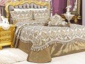 Vinaldi Brand Jakarlı Yatak Örtüsü Altın