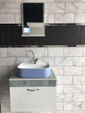 Banyo Dolabı Etajerli Ayna 42x42 Güral Mavi Lavabo.