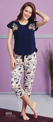 Desen Detaylı Lacivert Kapri Pijama Takımı Bb 1013